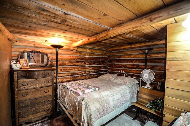 dřevěná ložnice
